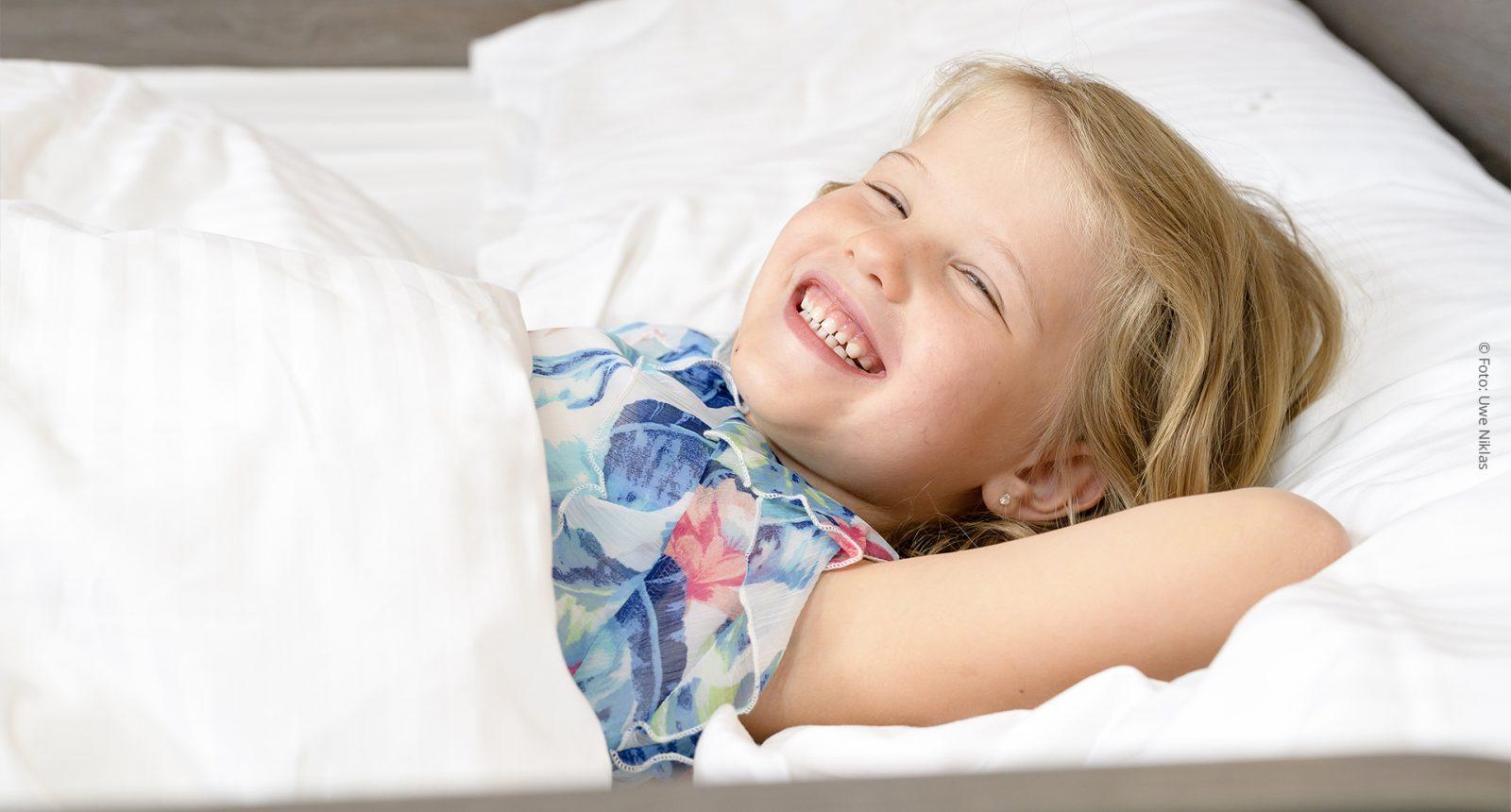 Maedchen Bett